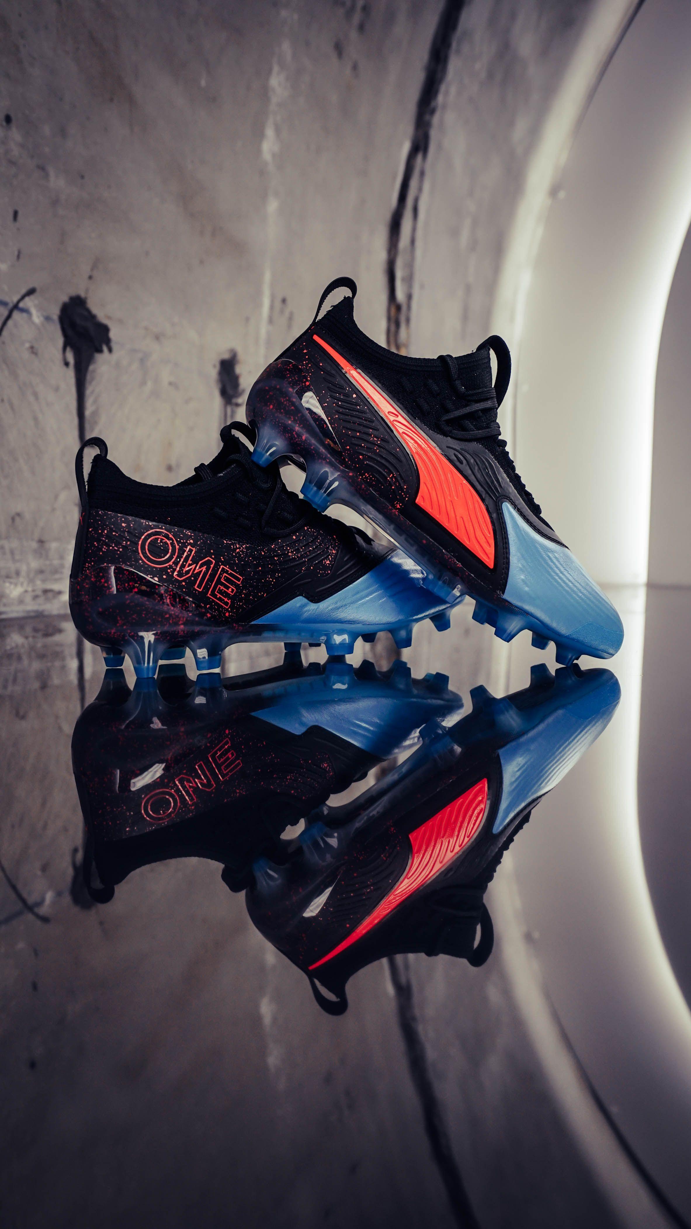 Nuevas botas de fútbol Puma One de la colección Power Up Pack. Fotón de   gpastor13 para futbolmania.com 107dff5843ca4
