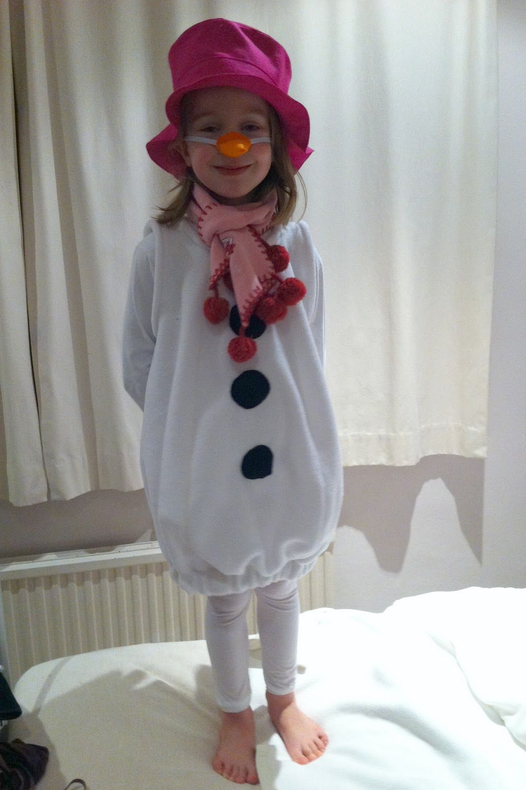 Monkey and Squidge: How to make a Snowman costume!