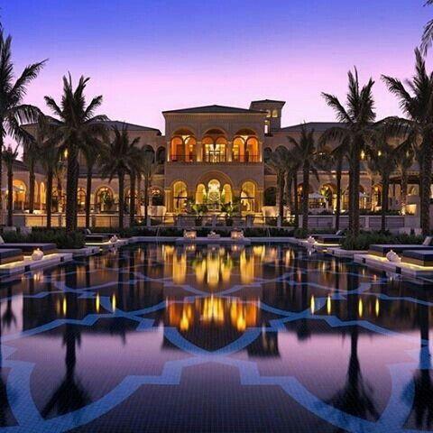 Эмираты отели с виллами квартиры в берлине купить цена