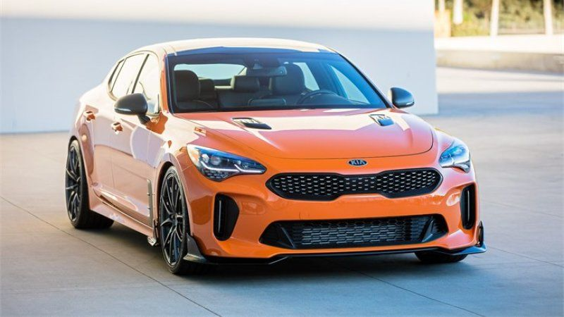 Kia Shows Off 2 Tuned Stingers Modified Cadenza At Sema Kia Stinger Kia Merc Benz