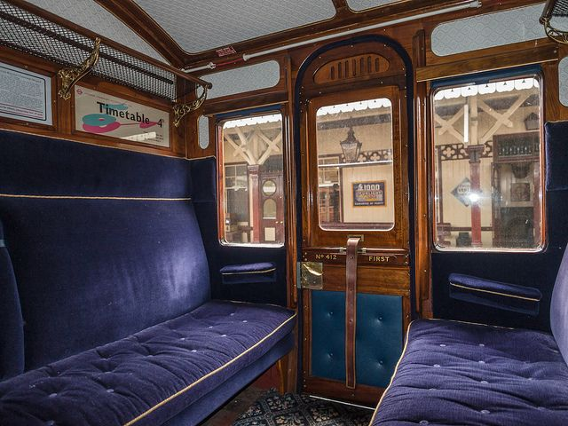 metropolitan railway carriage first class interior interiors orient express and vintage travel. Black Bedroom Furniture Sets. Home Design Ideas