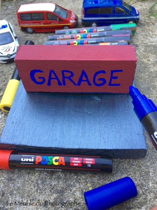 feutres peinture Posca pour ce DIY garage caisses relookées