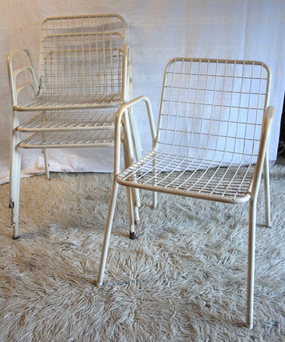 1 Fauteuils Modele Rio Par Emu Lot De 4 Annees 70 Luckyfind Chaise Vintage Chaise D Exterieur Decoration Exterieur