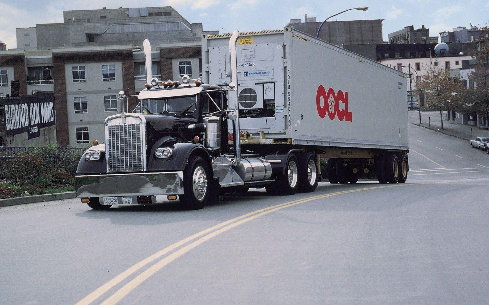 free download hq old kenworth trucks wallpaper num 13 1680 x