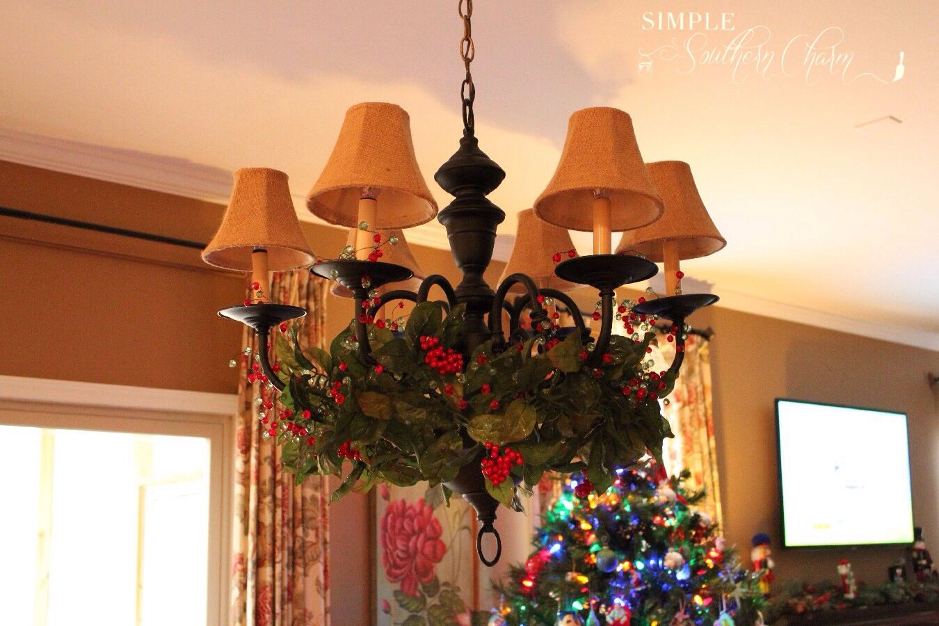 Want to learn how to spray paint a chandelier check out these easy want to learn how to spray paint a chandelier check out these easy instructions and arubaitofo Choice Image