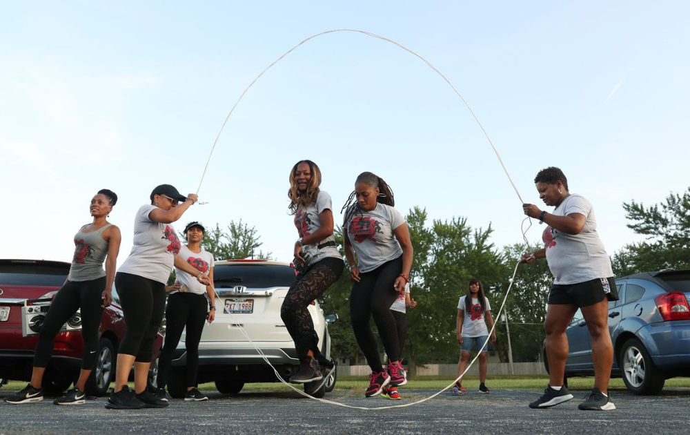Remember double Dutch? Thousands are joining jump rope