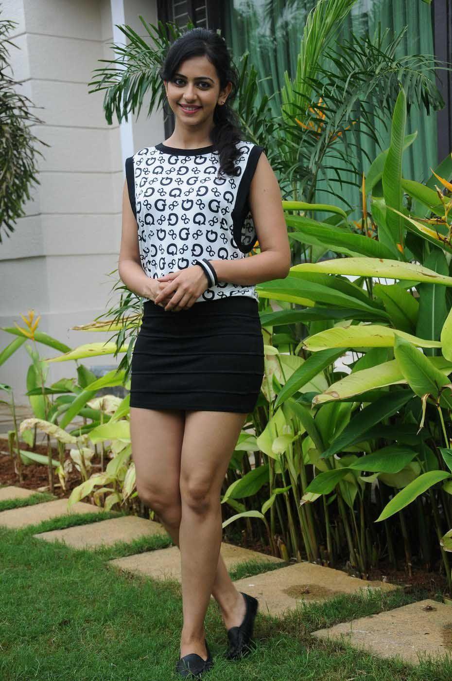Surbhi chandna flaunts her sexy legs in a high slit skirt