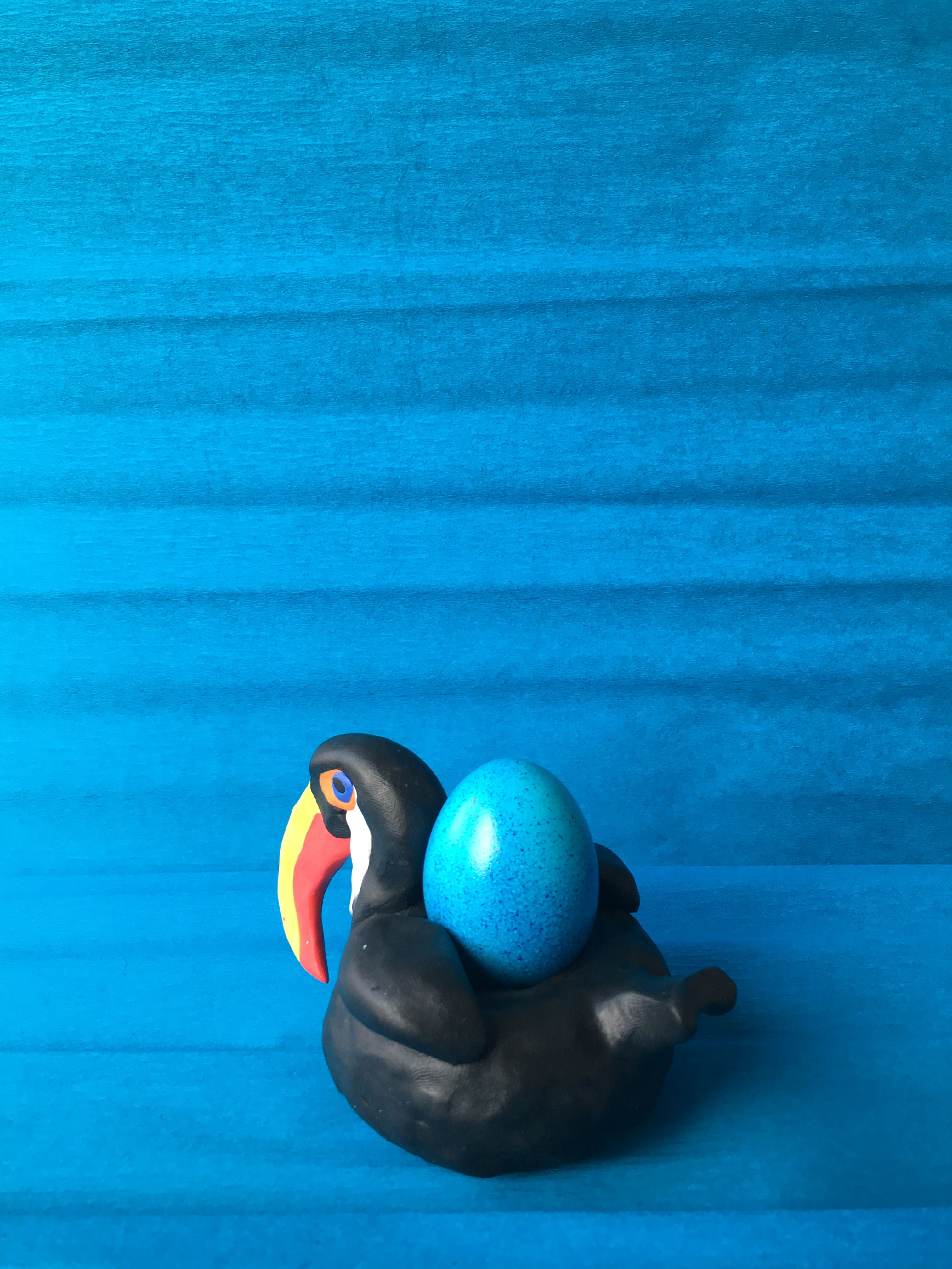 Toucan Pool Float Egg Cup