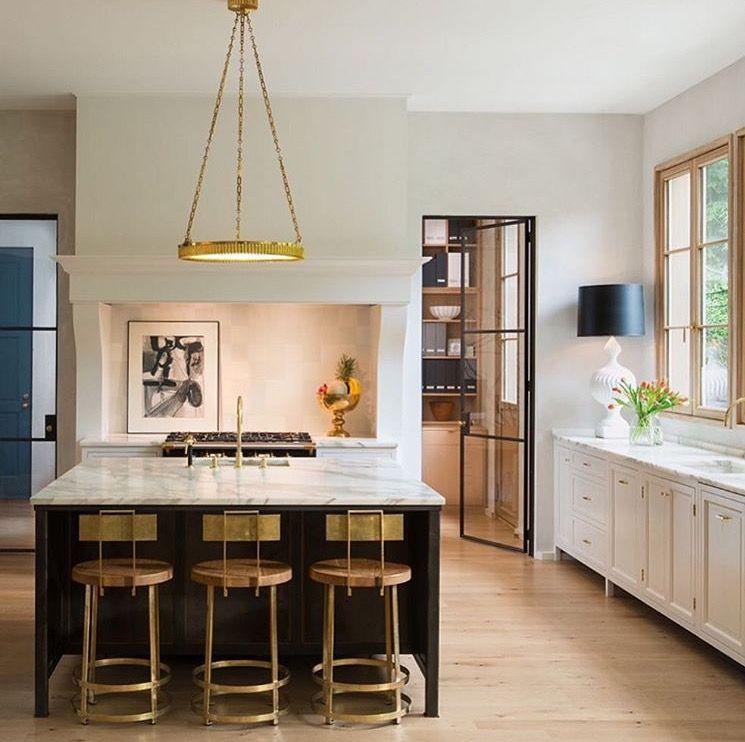 Contemporary kitchen by Barnes Vanze architecture Ally Banks