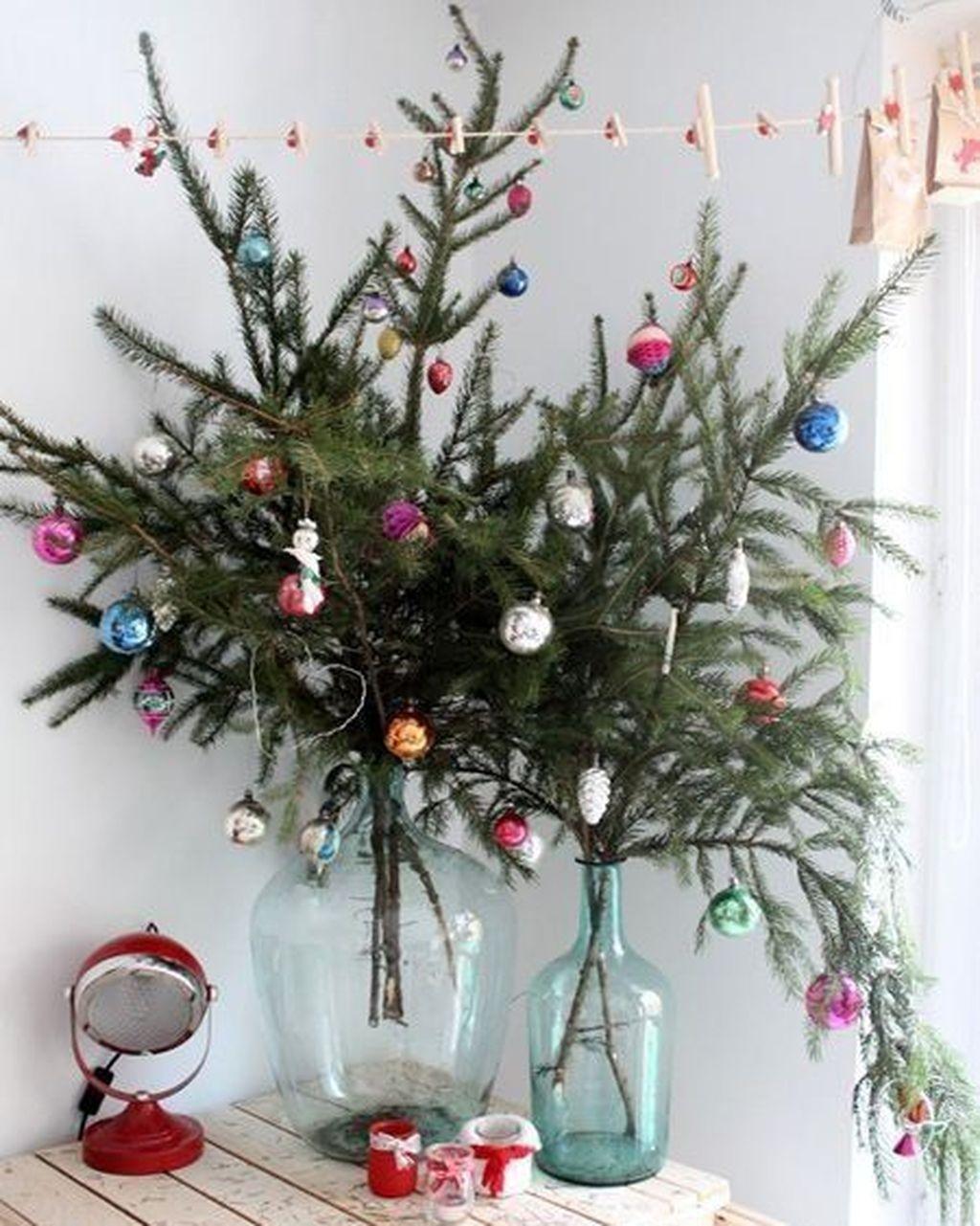 44 Small Apartment Christmas Decorations Ideas #smallapartmentchristmasdecor