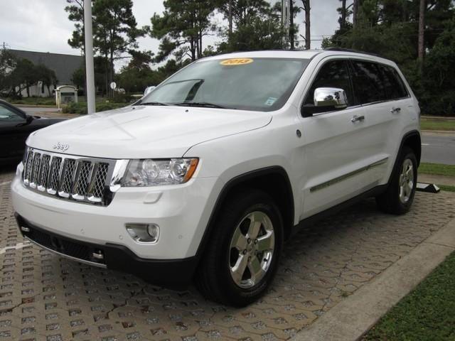 2013 Jeep Grand Cherokee Overland 43 980 Cars Com Jeep Grand Cherokee 2013 Jeep Grand Cherokee Grand Cherokee Overland