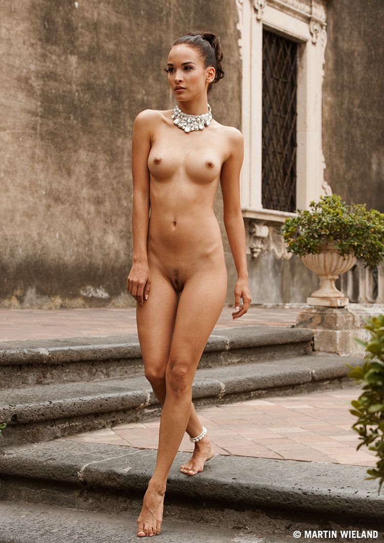 Nude short italian girls, son daughter caught naked together
