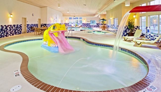 Portage Indiana Hotel S Pool With A Children Slide