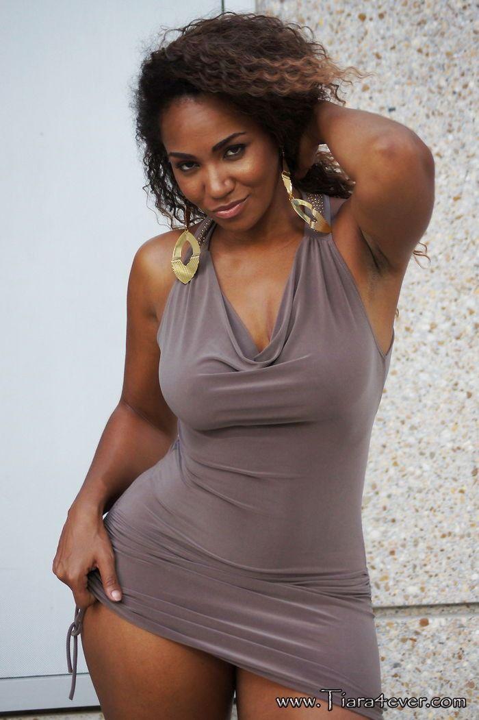 ebony women pic Sexy Black Babes.