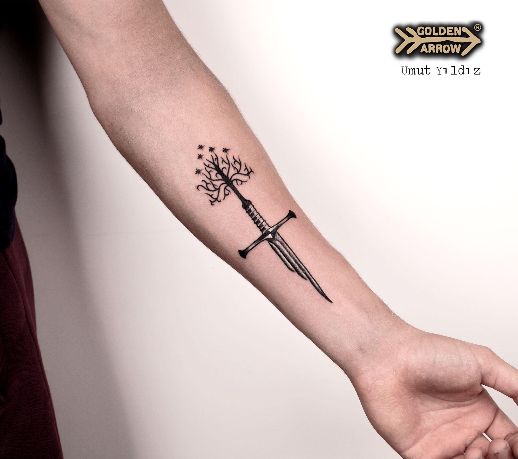Tattoo Artist: Umut Yıldız Lord of the rings tattoo, Yüzüklerin ...