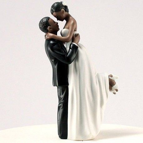 La figurine romance couple noir