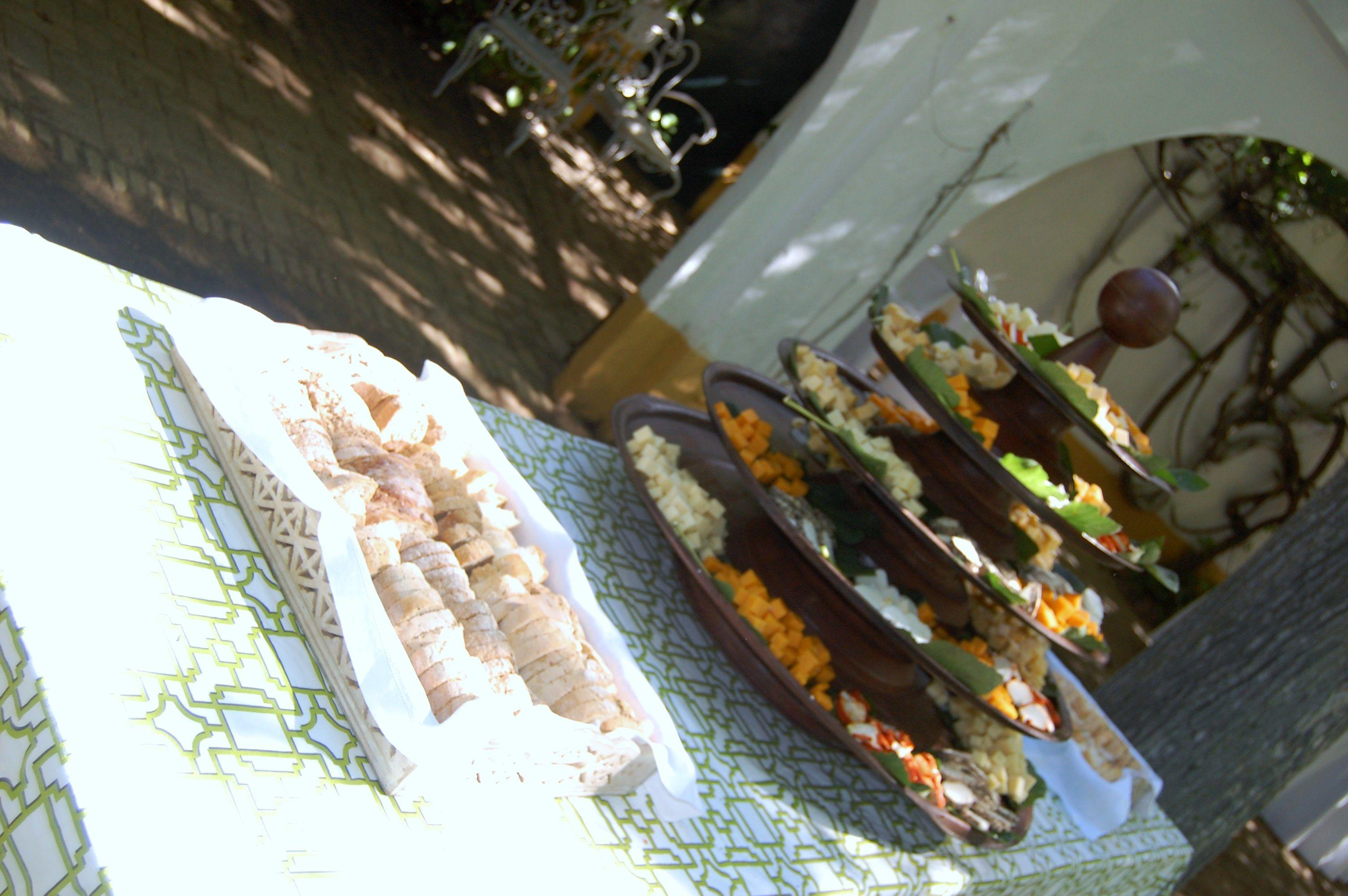 www.laorganizadoradesuenos.com #Buffetdequesos #bodassevilla #eventossevilla #cateringsevilla #cateringaljarafe