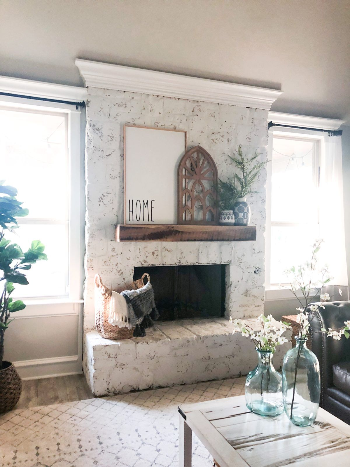 Photo of How to German Schmear a Stone Fireplace