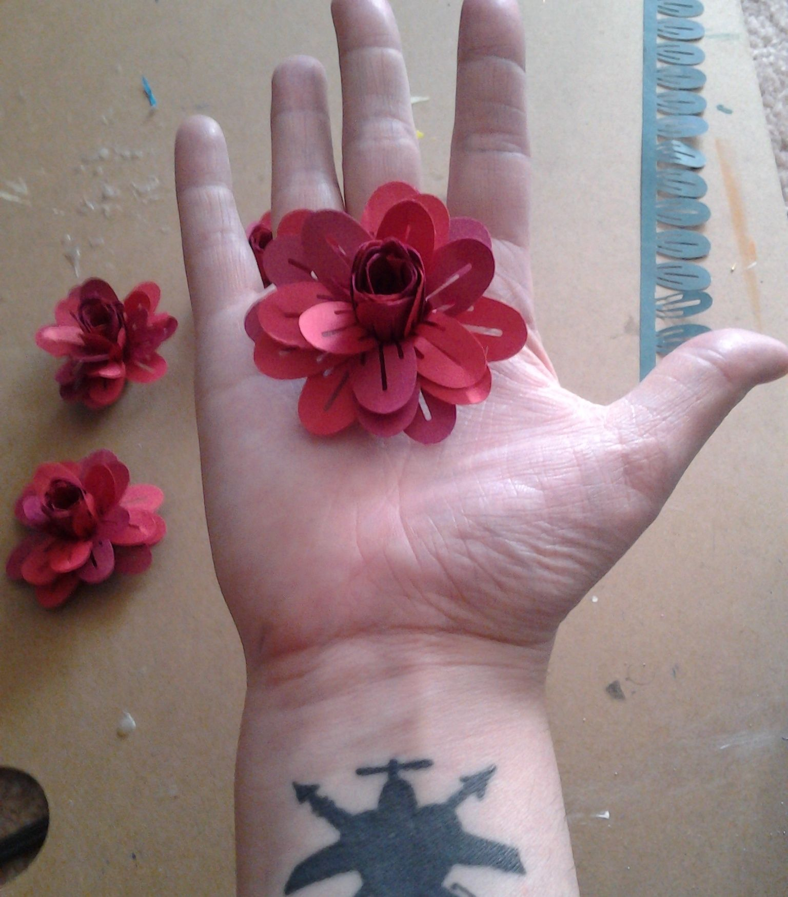 3 Dimensional Paper Flowers In 5 Easy Steps Paper Crafting