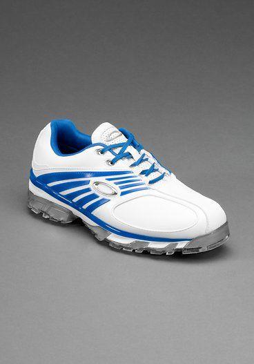 New golf shoe by Oakley