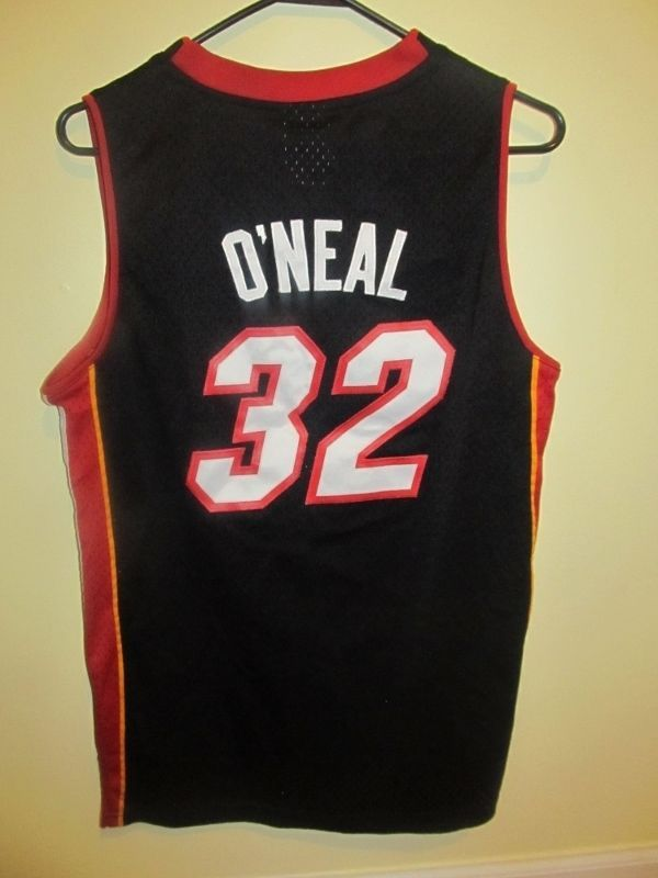 cbc5acbceac Shaquille O Neal - Miami Heat jersey - Youth Large  Reebok  MiamiHeat