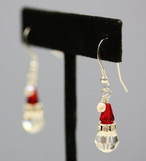 092ddb848 Santa Hat Earrings: Easy Instructions from Bead World! These are adorable  and anyone can make them!
