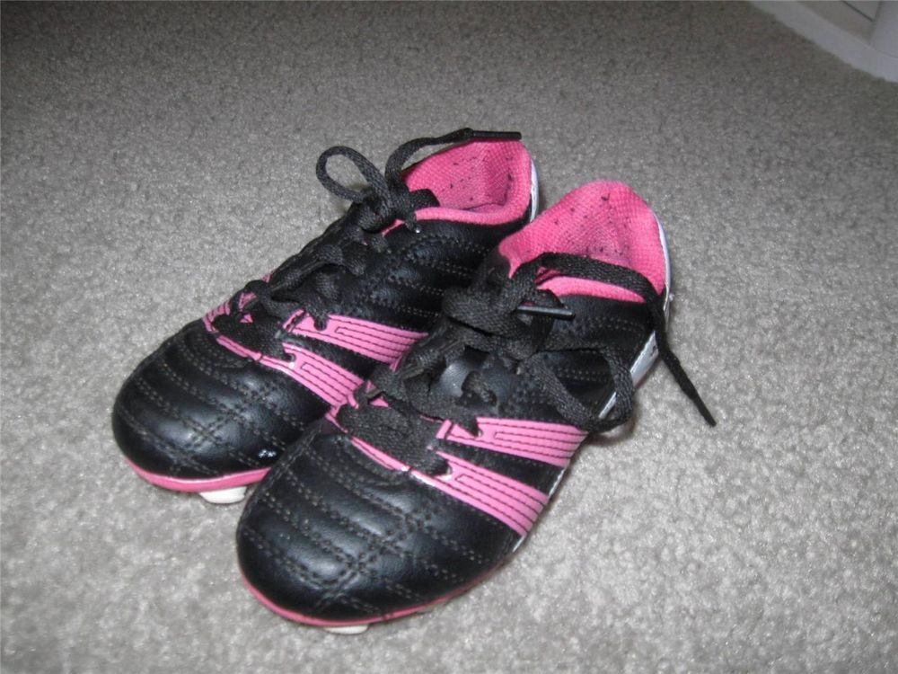 1ba97e48a Umbro Pink Black White Soccer T Ball Spikes Cleats Shoes Girls US Size 10K  Youth