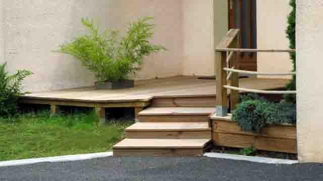 Terrasse bois Bellevue Paysages - Saint Bonnet de Salers