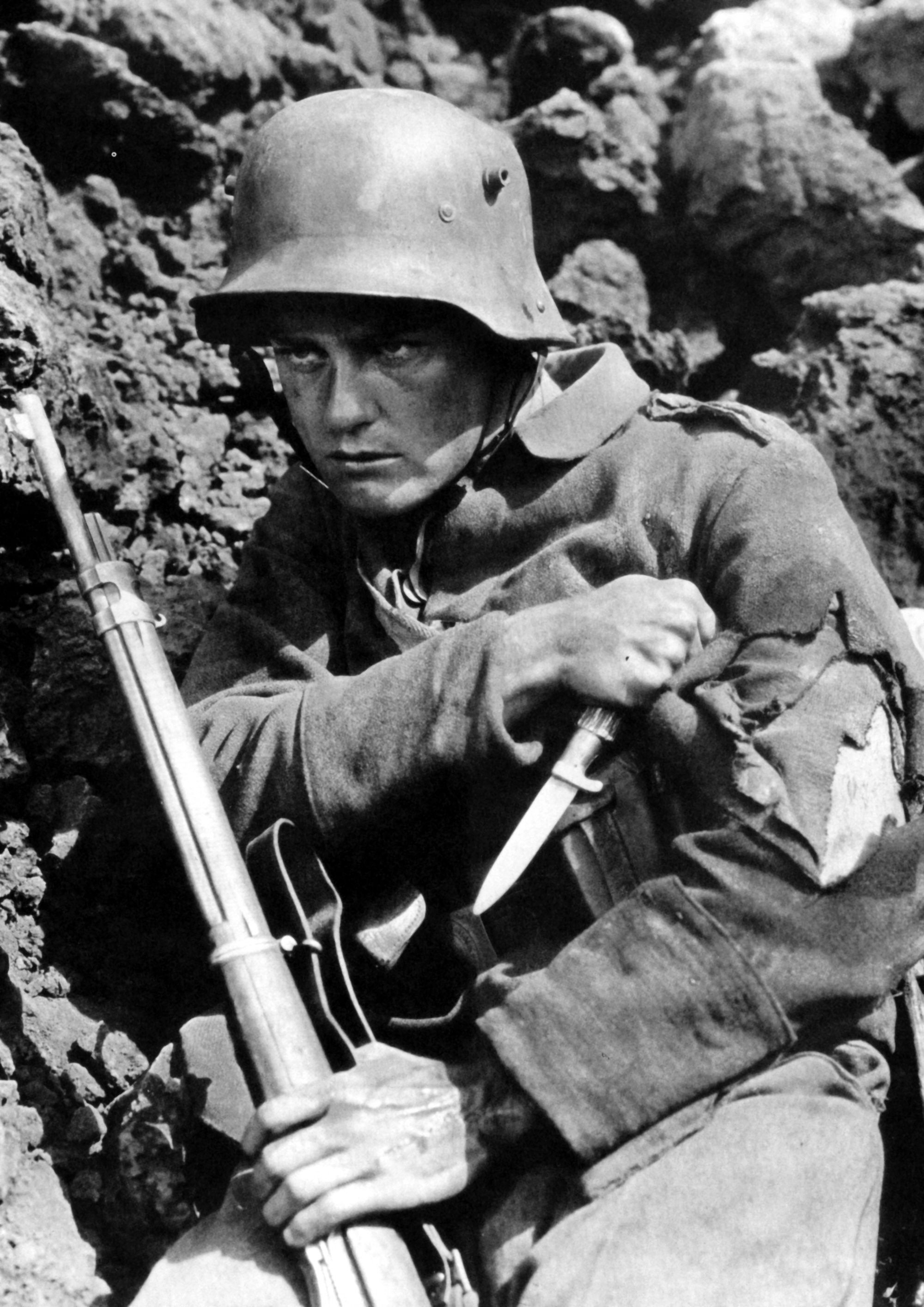Lew Ayres ALL QUIET ON THE WESTERN FRONT Western front