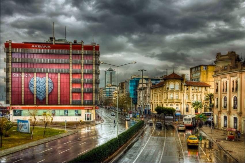 İZMİR / TÜRKİYE