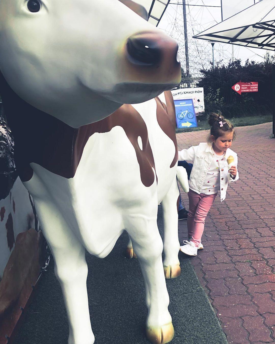 👩👧❤️ . #summer #icecream #babygirl #happyday #ourtime #stroll