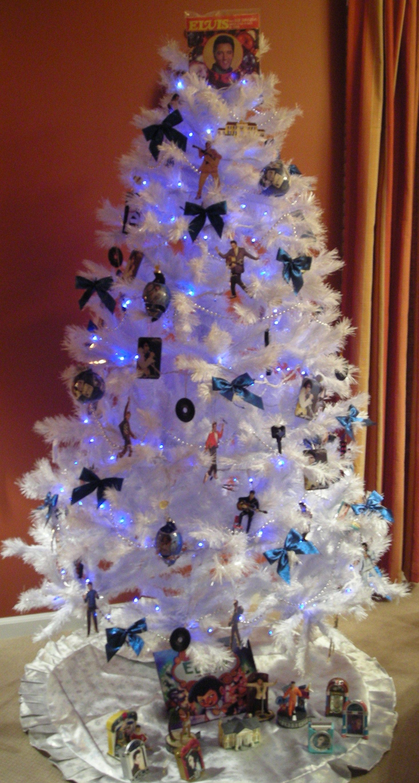 Elvis Themed Christmas Tree Christmas Tree Themes Christmas Tree Holiday Christmas Tree