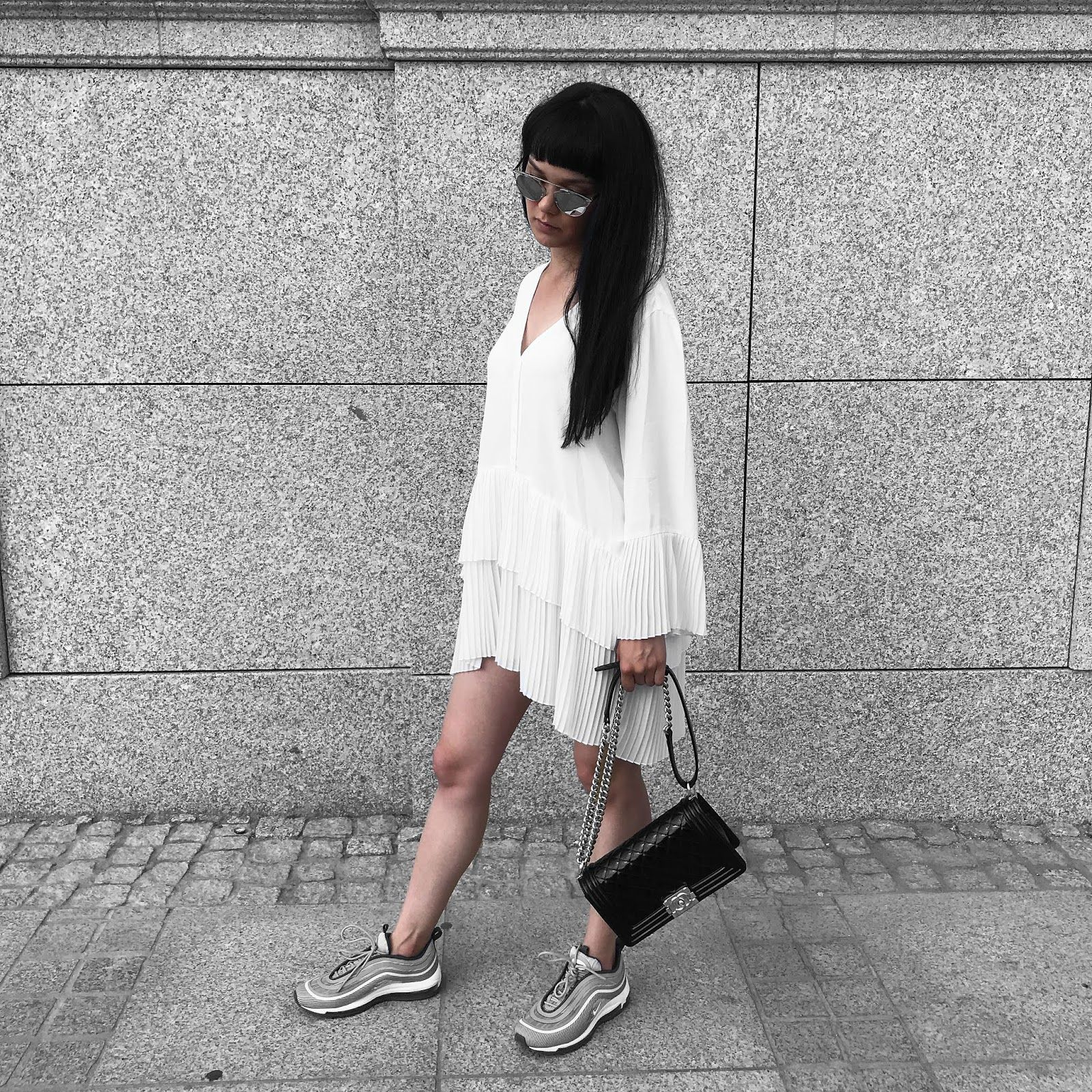 Outfit nike air max zara black skort fashion land | Outfit