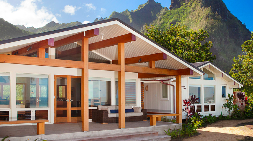 33 Celebrity Homes That Ll Make Your Jaw Drop Celebrity Houses Hawaiian Homes Exterior Remodel