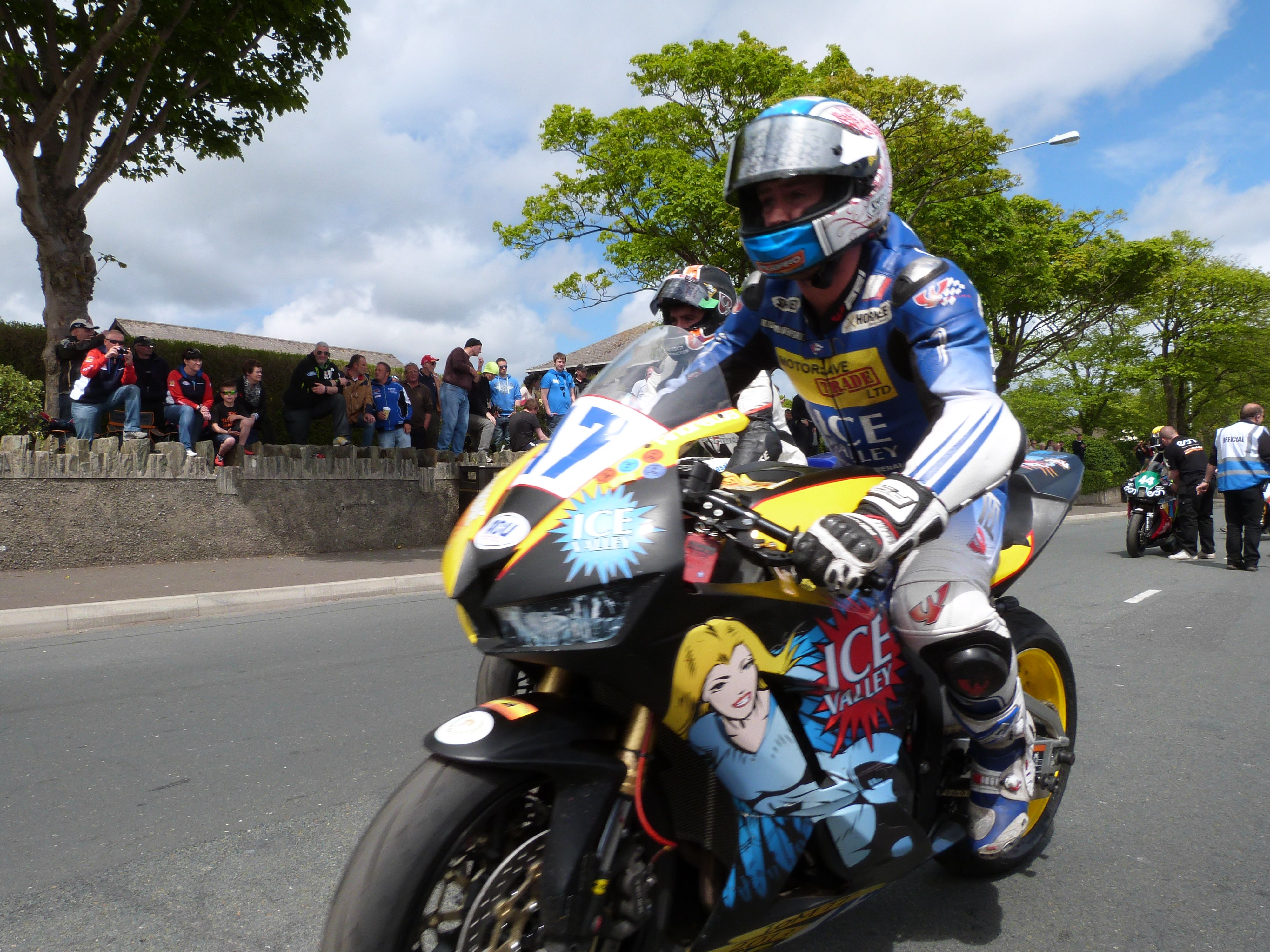 Simon Andrews at TT 2013 competing for Ice Valley racing by Motorsave ltd on a R6 Yamaha in the supersport races.