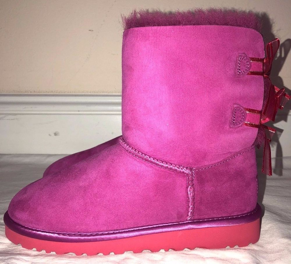 53abed1cd4d Girls Kids Ugg Australia Pink Bailey Bow Bloom Suede Boots Size 4 ...