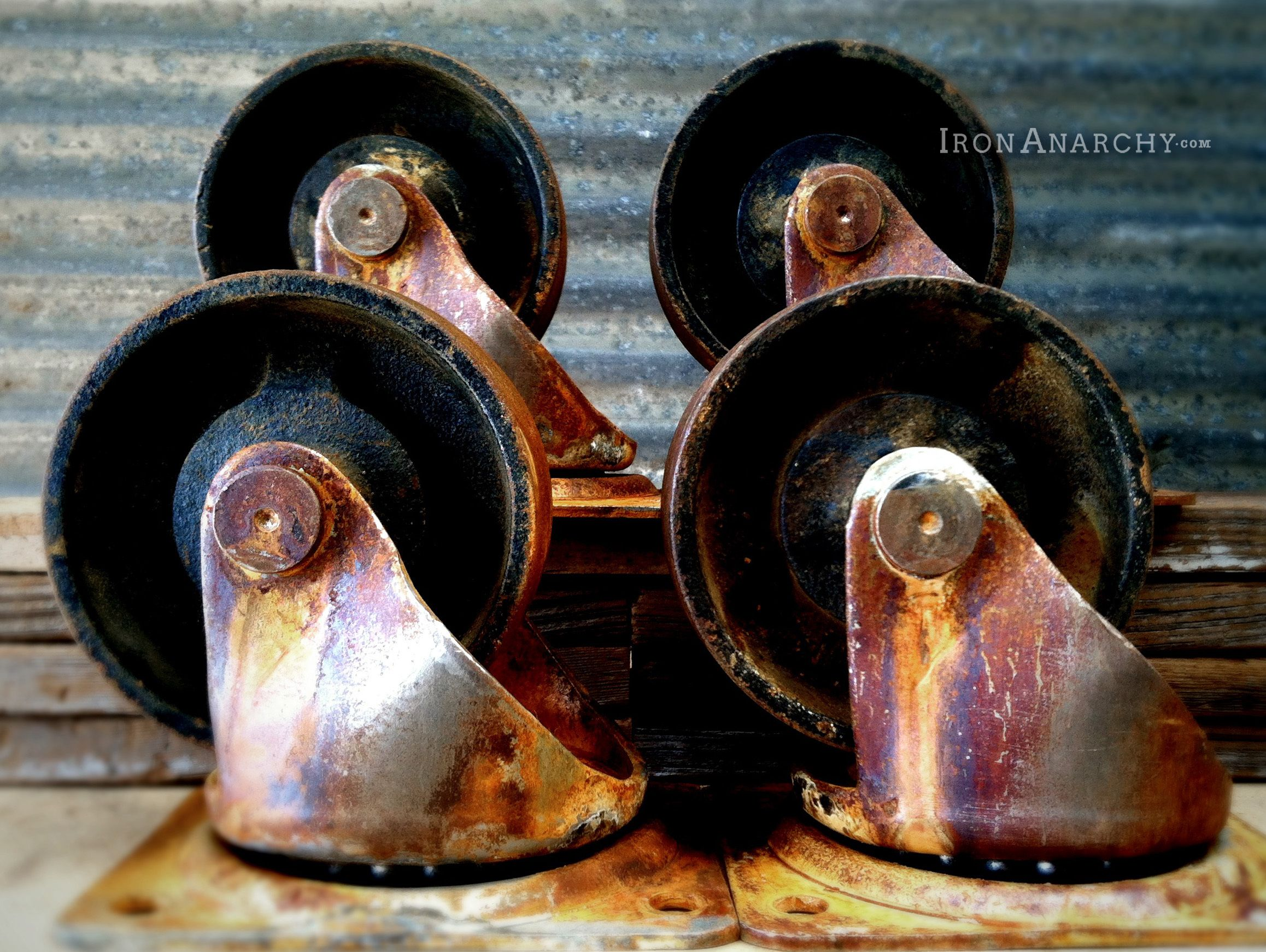 Factory caster vintage industrial furniture - Vintage Factory Cart Casters For An Industrial Pallet Coffee Table From Ironanarchy Com