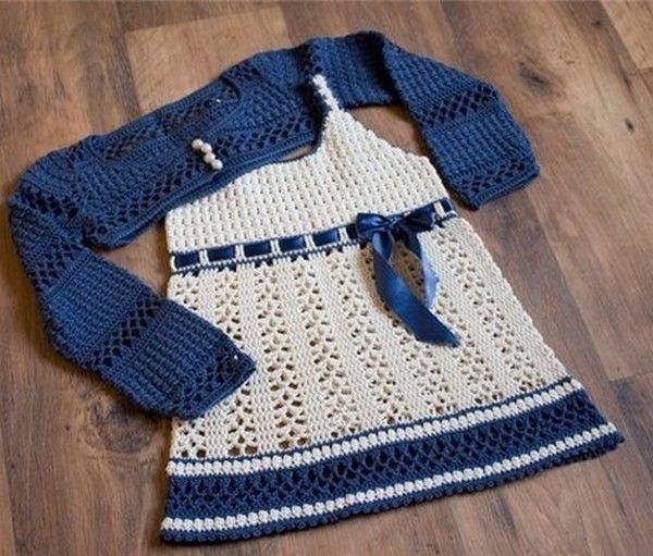 Robe blanche et son gilet bleu avec ses grilles gratuites vestidos pinterest croch - Robe bebe en crochet avec grille ...