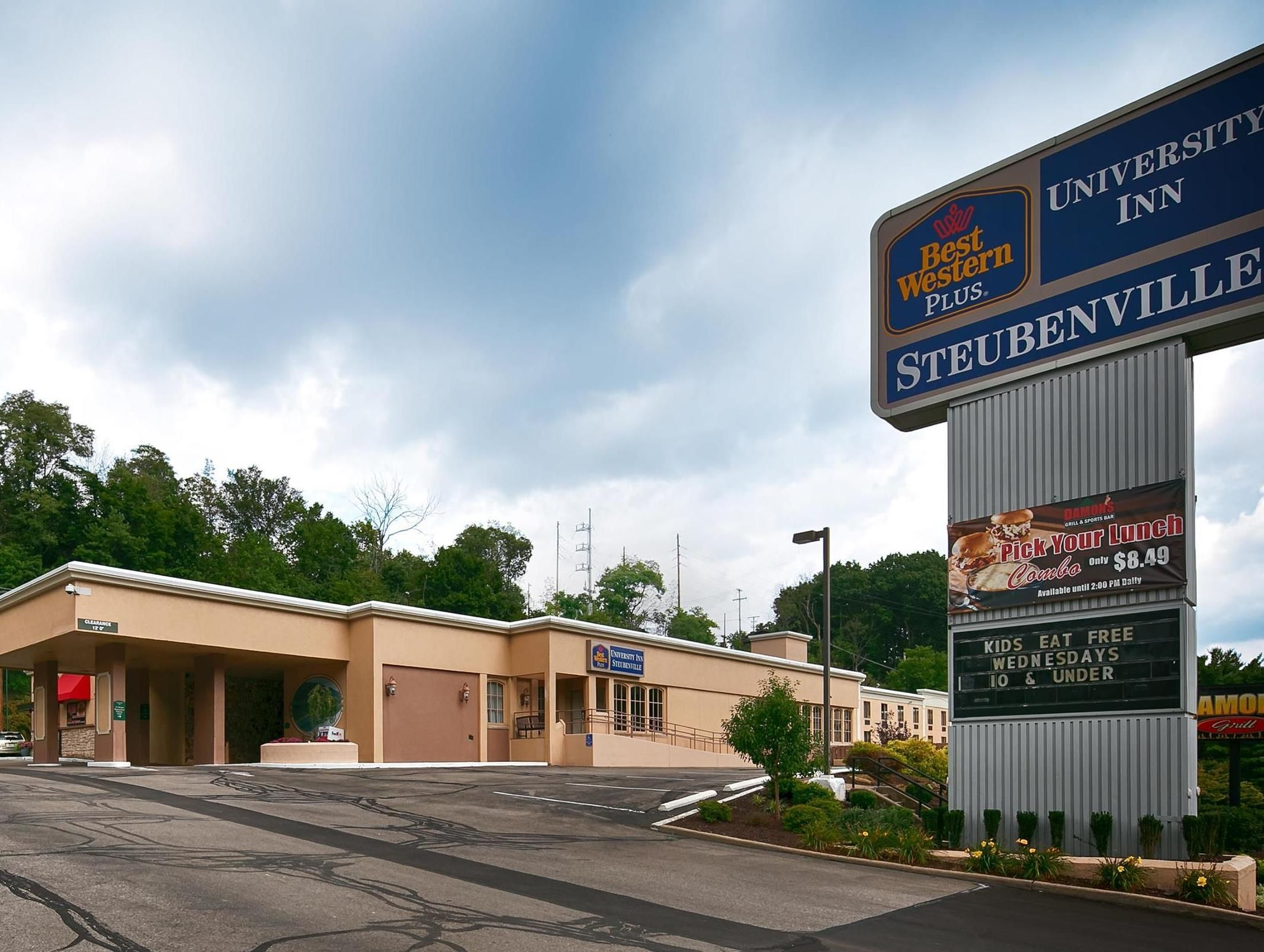Steubenville Oh Best Western Plus University Inn United States North America Is A Por