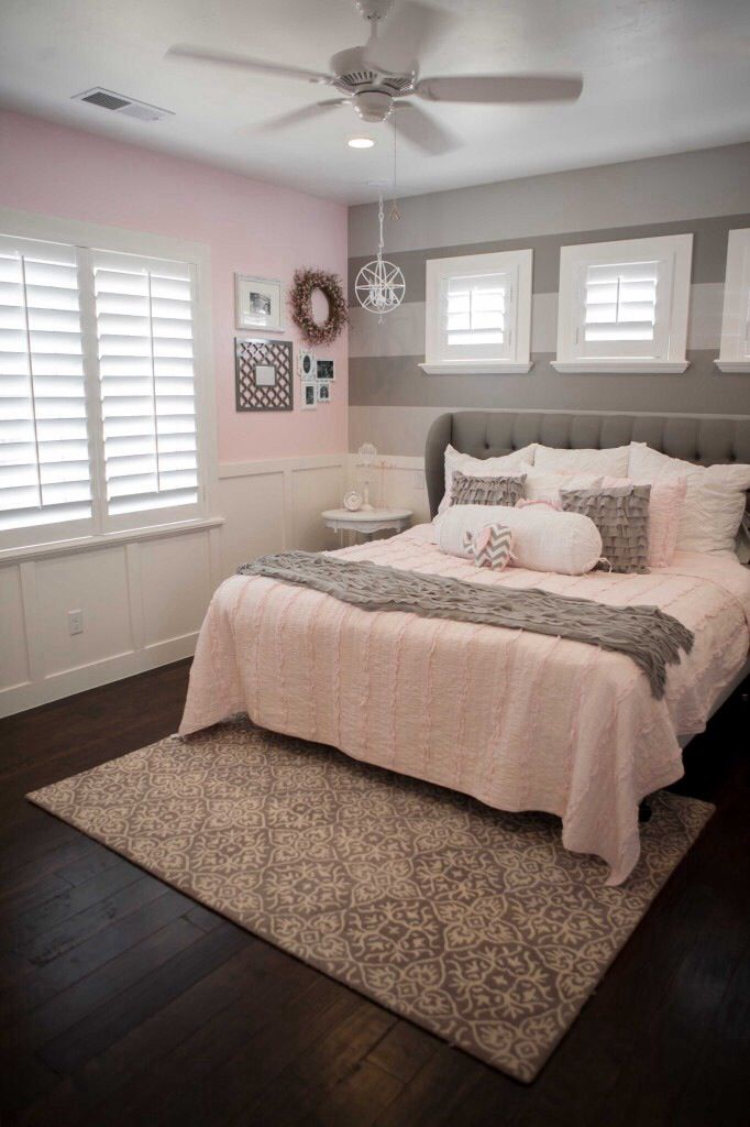 Pink And Grey Room Love The Wainscoting Two Tone Grey Wall Bedding And Flooring Would Change Pink Wall And R Woman Bedroom Girls Bedroom Grey Pink Bedrooms