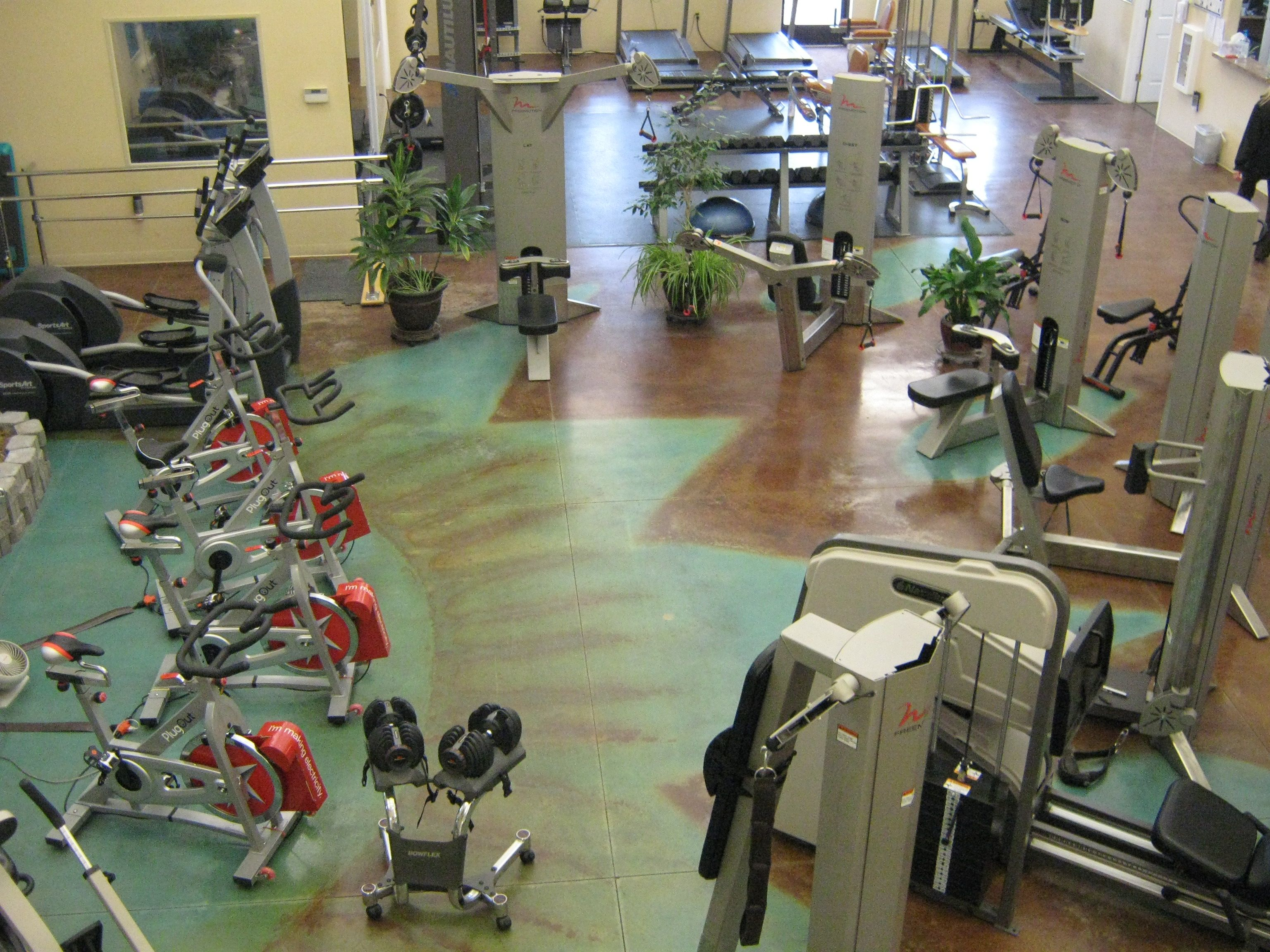 Cool Space Less Machines More Functional Equipment Gym Gym Equipment Stationary Bike