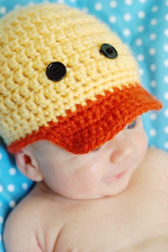 Darling Duckie Crochet Hat Pattern | Classy Crochet | gorros ...