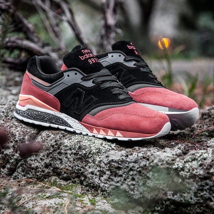 e53e798a395e7 Sneaker-Freaker-x-New-Balance- Tassie-Tiger -NB997.5-4