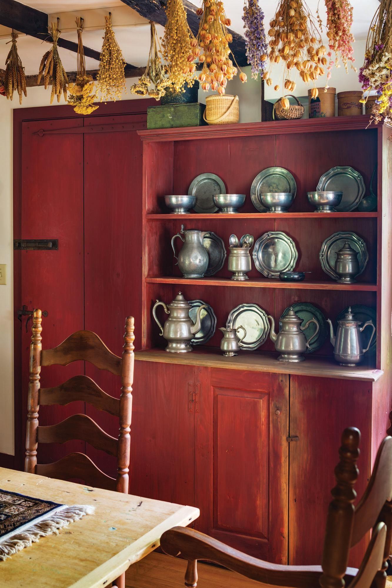 Unraveling a 1750 Cape Primitive homes, Country decor, Decor