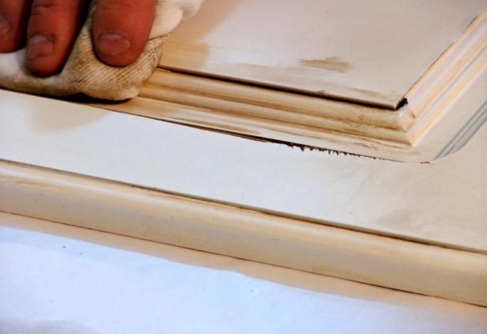 How to Antique Furniture with Glaze or Stain-6 - How To Antique Furniture With Glaze Or Stain-6 Painting Furniture