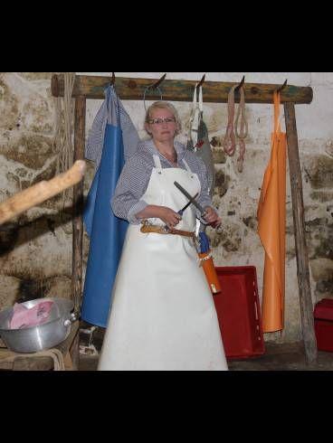Pin von Barbara Müller auf Frauen mit Schürzen | Apron ...