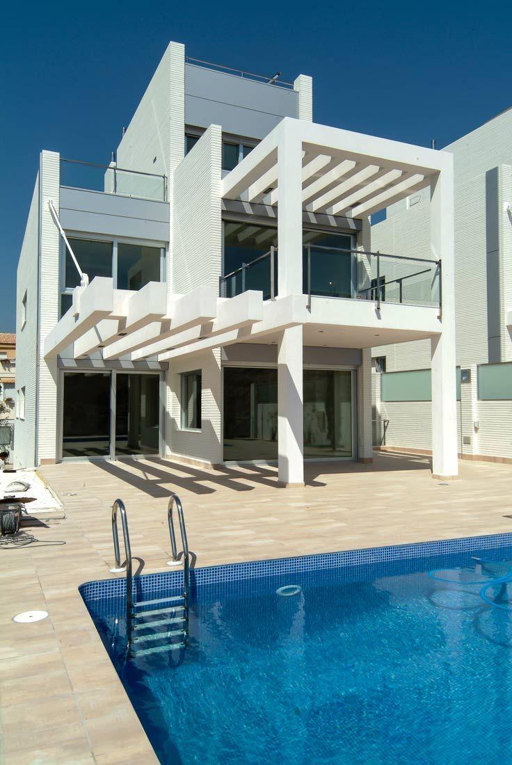 Vista trasera. #terraza #piscina #sol #alicante
