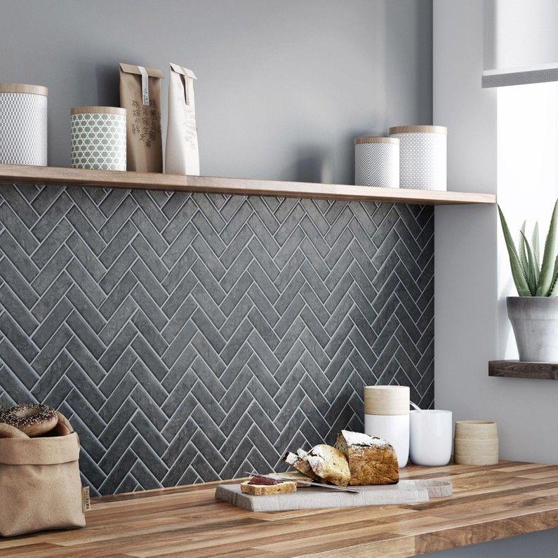 Mosaique Sol Et Mur Graphik Chevron Marbre Noir Leroy Merlin Cuisine Moderne Interieur De Cuisine Credence Cuisine