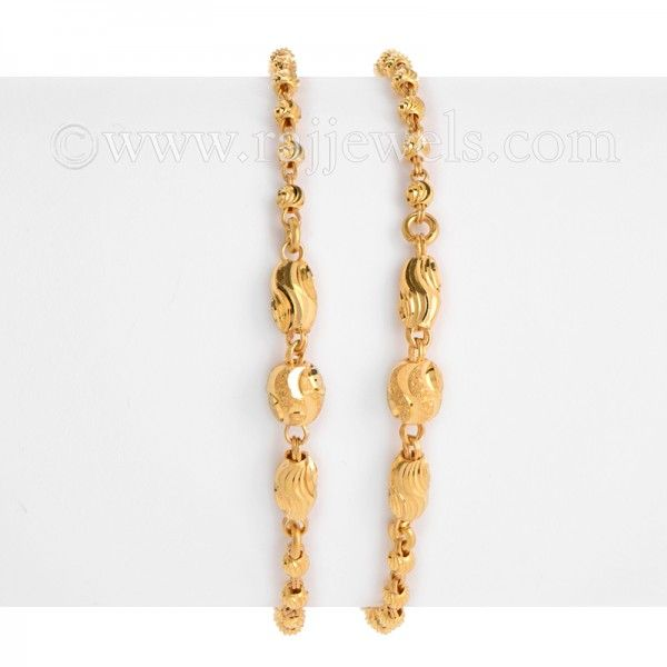 Lightweight Baby Bracelets 2 Pieces In A Glitzy Balls Design