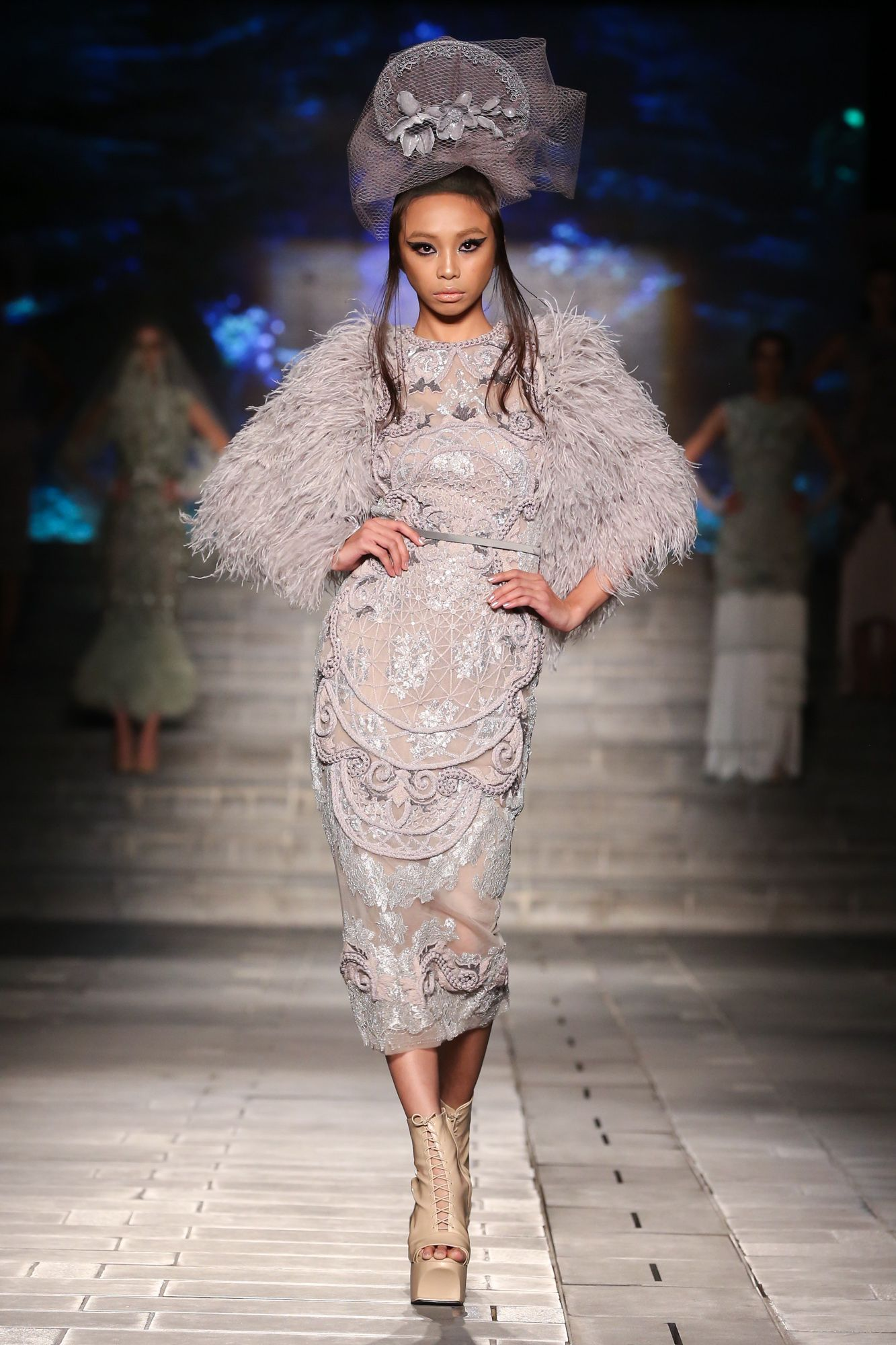 Amato Did It Again He Opened Arabfashionweekofficial And Wowed Everyone With His Designs And Quality Ladies And Gentl Arab Fashion Fashion Couture Fashion